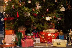 Kids' Christmas Gifts on Less